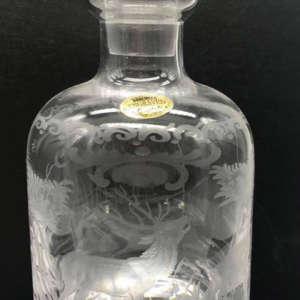 carafe à whisky décor gibier en cristal